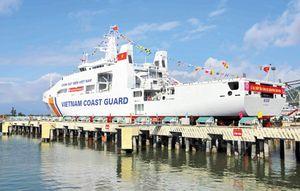 Bảo vệ chủ quyền và duy trì thực thi pháp luật trên biển