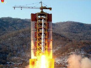 """Mỹ khiến Trung Quốc như """"kiến bò chảo"""" với lá chắn tên lửa"""