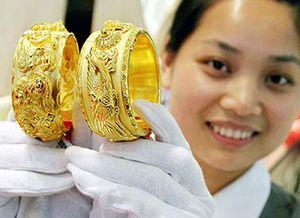 Giá vàng liên tục lập đỉnh mới