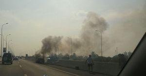 Mùng 4 Tết, ô tô cháy trụi trên cao tốc Long Thành - Dầu Giây