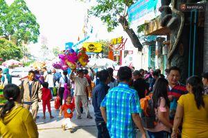 Mùng 4 Tết, các khu vui chơi ở Sài Gòn chật kín người