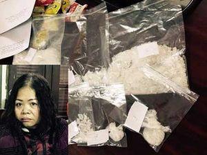 Vợ chồng giấu hơn 1 kg ma túy đá trong hộp bánh Chocopie