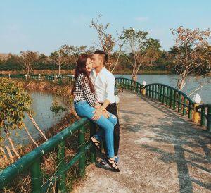 Sao Việt 13/2: Trấn Thành đột nhiên 6 múi, Chi Pu gây tranh cãi vì dáng nằm