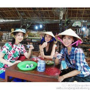 Huỳnh Tâm Dĩnh bí mật qua Việt Nam đón Tết
