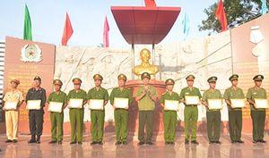 Công an tỉnh Tiền Giang ra quân bảo vệ ANTT