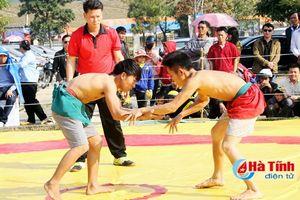 Nhiều hoạt động vui chơi - giải trí đầu xuân tại chùa Hương