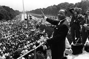 Top 8 sự kiện chấn động thế giới năm Bính Thân 1968