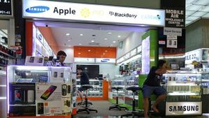 Các cửa hàng điện thoại nhỏ lẻ đang chết dần?