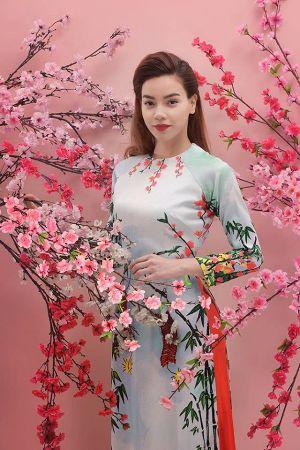 Đi tìm Sao Việt diện áo dài đẹp và ấn tượng nhất Tết Bính Thân