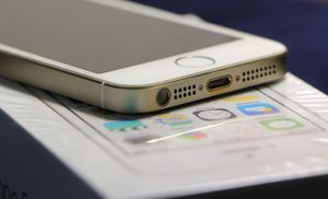 iPhone 5se màn hình 4 inch bán ngày 18.3