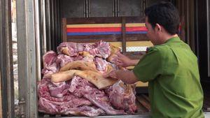 Tin an toàn thực phẩm hot ngày 1/5: Chế biến cả tấn thịt hôi thối cho quán ăn