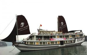 Quảng Ninh: Người đẹp Hạ Long trải nghiệm trên Vịnh