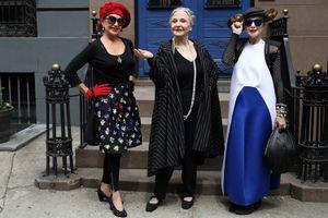 Bộ ảnh: Khi các cụ già diện quần áo thời trang xuống phố