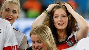 Bạn gái xinh như búp bê của sao trẻ tuyển Đức