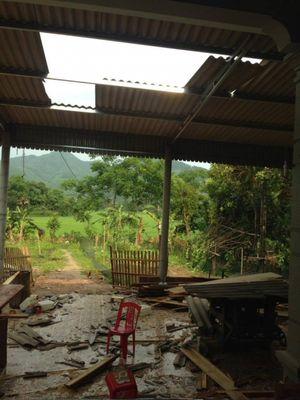 Mưa lốc ở Hà Tĩnh thổi bay hàng chục ngôi nhà, nhiều người bị thương