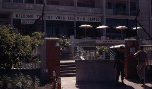 Ảnh độc về khu nghỉ dưỡng của Mỹ ở Vũng Tàu năm 1967