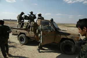 Lộ ảnh đặc nhiệm Mỹ tham chiến giải phóng Raqqa khỏi tay IS