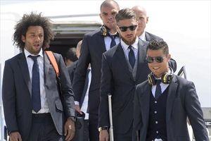 """Quý ông Ronaldo lịch lãm ngày tới Italia trước """"Giờ G"""""""