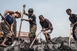 Chùm ảnh về công nhân mỏ ở Trung Quốc sẽ cho người ta thấy công cuộc mưu sinh vất vả ra sao