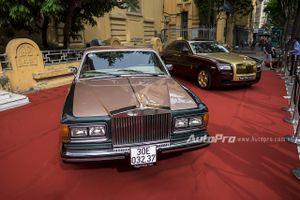 Bắt gặp xế cổ Rolls-Royce Silver Spirit Mark I trên đường Hà Nội