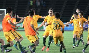 Cầu thủ U16 Việt Nam khóc nức nở vì thua Australia