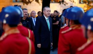 Thổ Nhĩ Kỳ vẫn 'căng như dây đàn' sau một tuần đảo chính bất thành