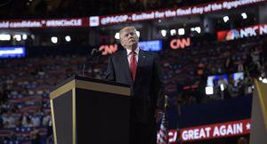 Bầu Trump làm Tổng thống Mỹ sẽ là quà tặng cho Putin