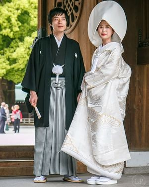 Áo cưới truyền thống đẹp mê hồn khắp Châu Á