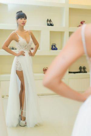 Ngắm trước váy cưới sexy nhất cô dâu Hà Anh sẽ diện trong ngày trọng đại