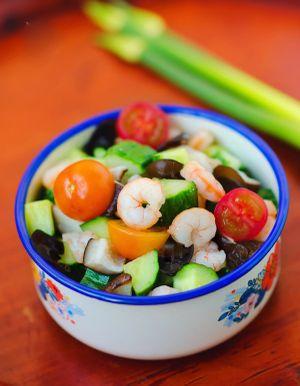 Salad trộn tôm nhiều tầng vô cùng hấp dẫn