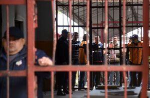 Choáng ngợp phòng giam siêu sang của trùm ma túy Brazil