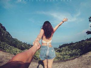 """Từ bộ ảnh """"bên nhau đi khắp thế gian"""" tới màn cầu hôn xôn xao Sài Gòn"""