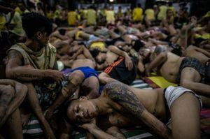 Hãi hùng với cảnh quá tải trong các nhà tù ở Philippines