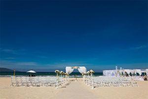 Vì sao siêu mẫu Hà Anh chọn tổ chức lễ cưới ở Furama Resort?