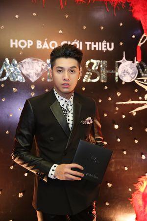 Đàm Vĩnh Hưng chơi trội, đầu tư gần nửa triệu USD cho 'siêu show kim cương'