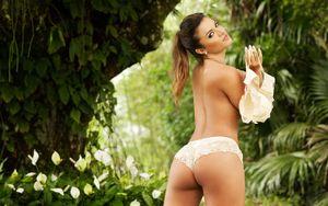 Carol Abranches: Người mẫu nóng bỏng muốn quay lại với Neymar