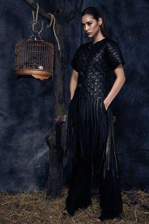 Lilly Nguyễn - mỹ nhân 'tắc kè hoa' mới của làng thời trang