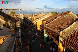 Vẻ đẹp bình dị của phố cổ Hội An làm say lòng du khách