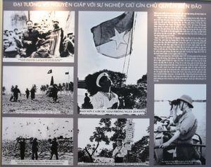 'Đại tướng Võ Nguyên Giáp - Chân dung một huyền thoại' qua ảnh