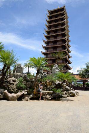 Tới Bình Định ghé thắng cảnh chùa Thiên Hưng