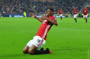 Sao trẻ ghi bàn phút bù giờ, M.U thắng nghẹt thở Hull City