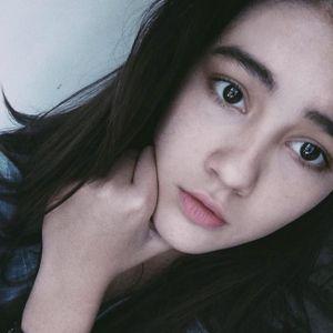 Mới 15 tuổi, nhưng cô nàng này đã sở hữu gương mặt và ngoại hình 'vạn người' mê lắm rồi!
