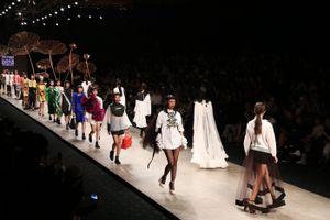 Giới thời trang thủ đô trông chờ điều gì tại Vietnam International Fashion Week Thu Đông 2016?