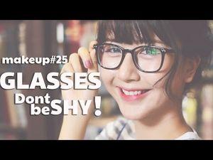 Sao và hot girl Việt có bớt xinh đẹp khi đeo kính?