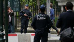 Nổ lớn tại thủ đô Hungary, 2 cảnh sát bị thương