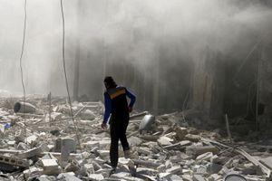 Chảo lửa Aleppo đổ nát trước loạt vụ không kích