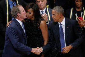 Tình bạn đặc biệt của Michelle Obama và cựu Tổng thống Bush