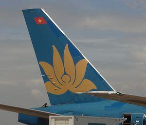 Điều chỉnh nhiều chuyến bay do bão Megi và mưa lớn ở Tân Sơn Nhất