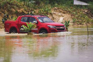 'Bơi giỏi', phí thấp, Chevrolet Colorado sẽ ăn khách ở Sài Gòn?