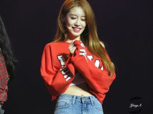 Netizen 'đổ như chuối' trước nhan sắc của Jiyeon trong concert T-ara